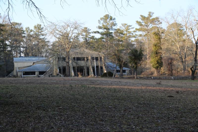 Warren Mansion - Snow Hill
